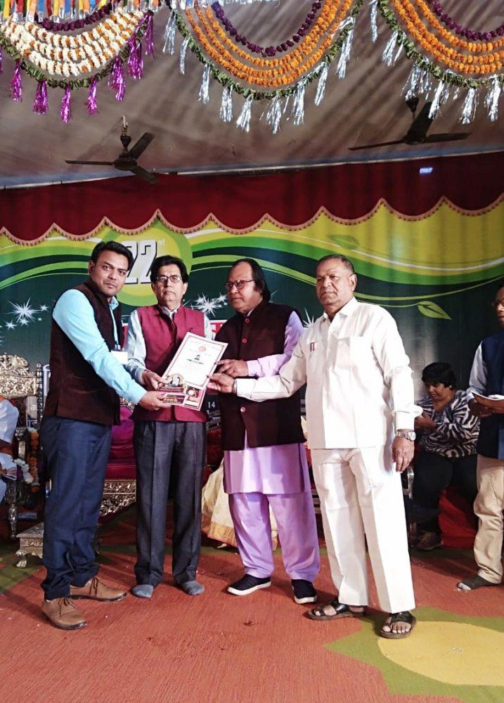 कानपुर: शहर के युवा साहित्यकार डॉ दीपक सक्सेना को मिली डॉक्टरेट की उपाधि