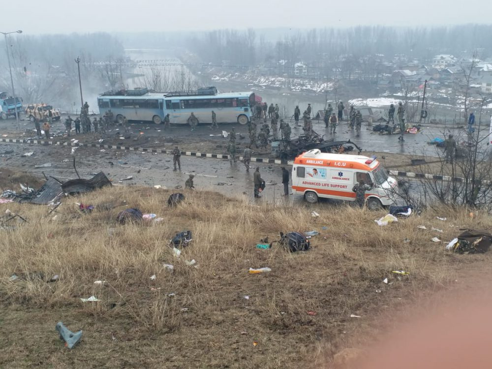 पुलवामा में शहीद हुए 42 जवान, ये रही पूरी लिस्ट…