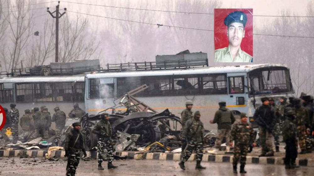 पुलवामा हमला: आतंकी हमले में शहीद हुआ उन्नाव का लाल अजीत कुमार आजाद