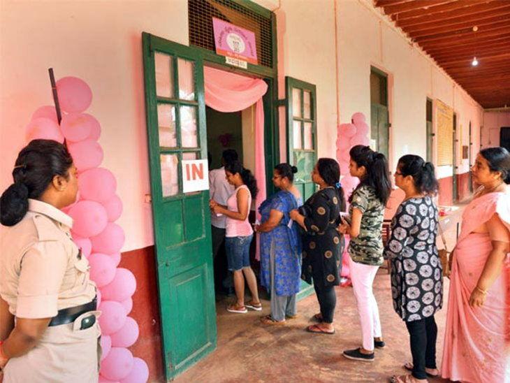 दिल्ली में लोकसभा चुनाव के दौरान बनाया जाने वाला पिंक पोलिंग बूथ