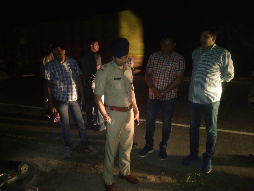 मथुरा: पुलिस और बदमाशों के बीच मुठभेड़, एक शातिर लुटेरा गिरफ्तार, एक फरार