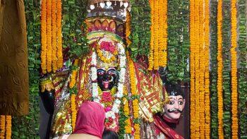 गोरखपुर में दुर्गा के नौ अलग-अलग स्वरूपों की विधि-विधान से पूजा शुरू