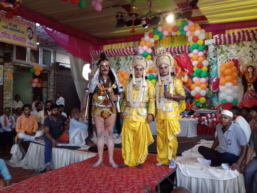 शुक्लागंज: गणेश महोत्सव कार्यक्रम में राम लक्ष्मण संवाद का आयोजन