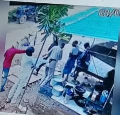 दिव्यांग हत्याकांड: पुलिस को चकमा देते हुए ईनामी बदमाश ने कोर्ट में हुआ सरेंडर