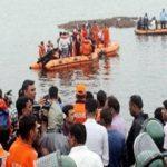 भोपाल जैसी आंध्र में भी दु्र्घटना, 60 सैलानियों से भरी नाव नदी में डूबी, 7 की मौत
