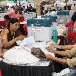 उपचुनाव की मतगणना में भाजपा, कांग्रेस के बीच दौड़ जारी, कौन मारेगा बाजी
