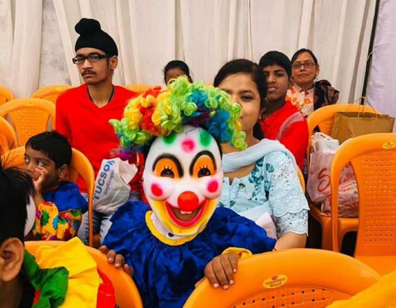 15 स्कूल के 850 स्पेशली एबल्ड बच्चों ने किया सबको मन्त्र मुग्ध..