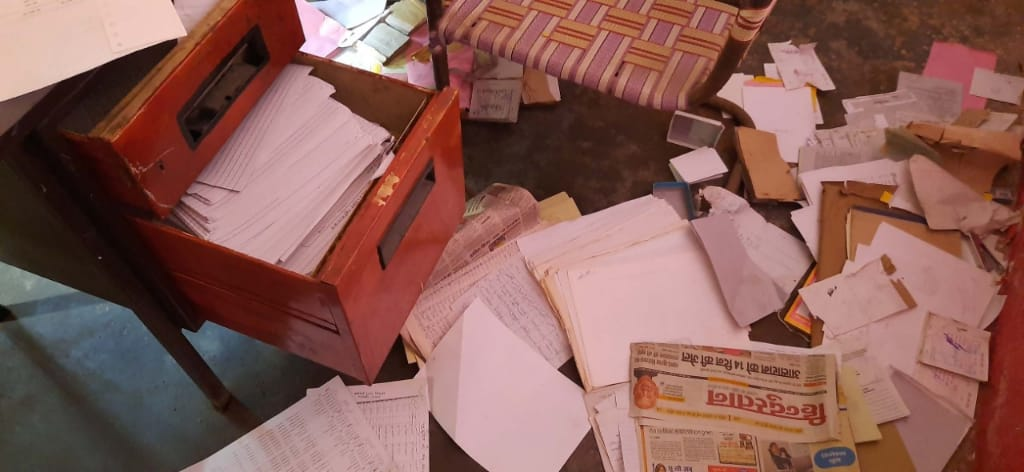 शुक्लागंज में नहीं थम रही चोरी की वारदात, देररात एक स्कूल बना निशाना