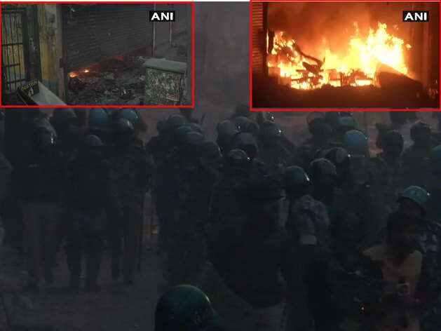 अभी-अभी दिल्ली का चांदबाग हुआ आग के हवाले, प्रदर्शनकारी डटे