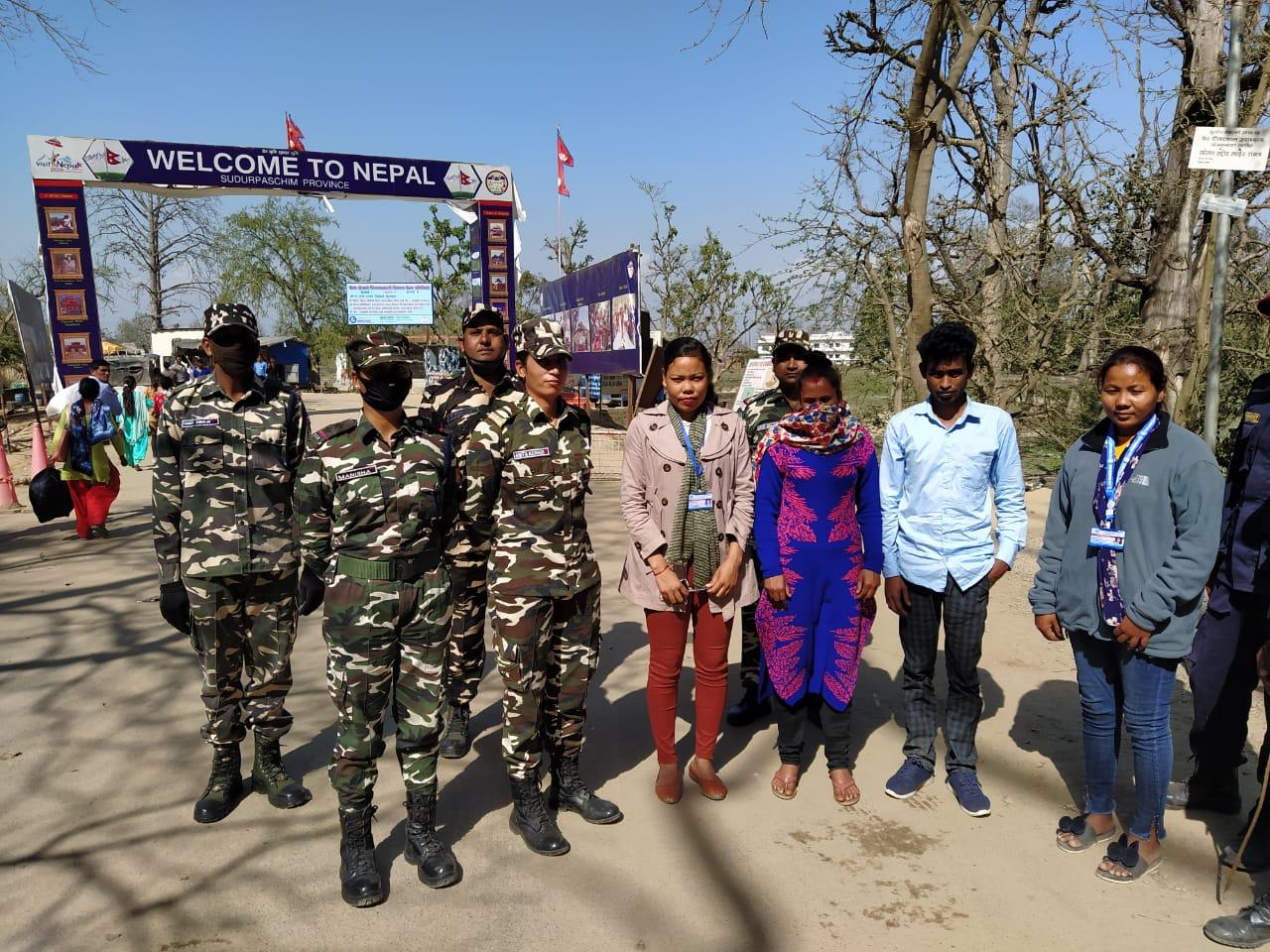 इंडो-नेपाल बार्डर पर भारत भागकर आ रहे युवक व युवती को पकड़ा