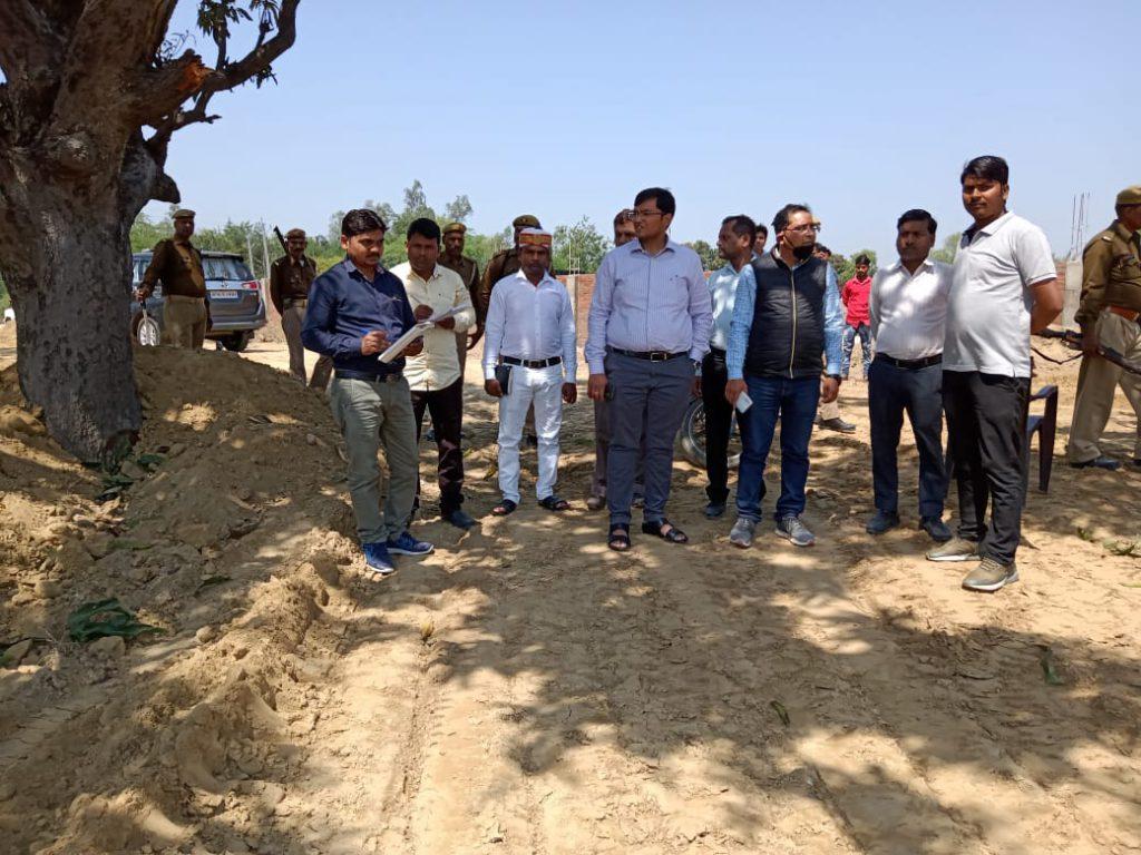 DM inspected Kanha Gaushala under construction.